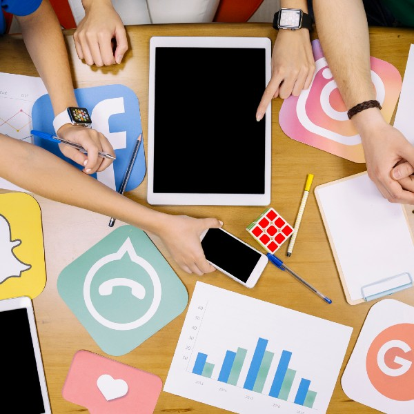 Formation Social networks – marketing impact